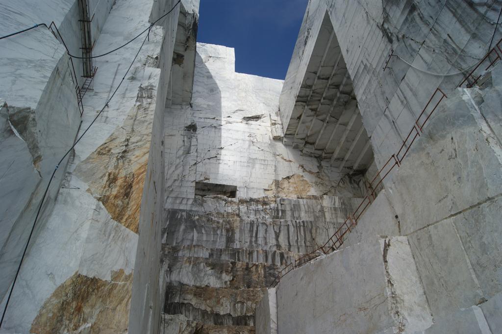 cave di marmo.
